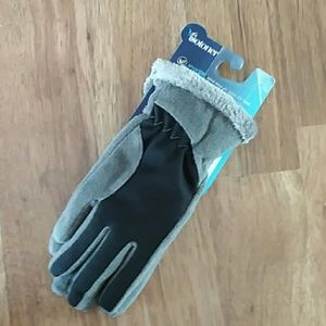 Isotoner touch screen gloves nwt smart dri